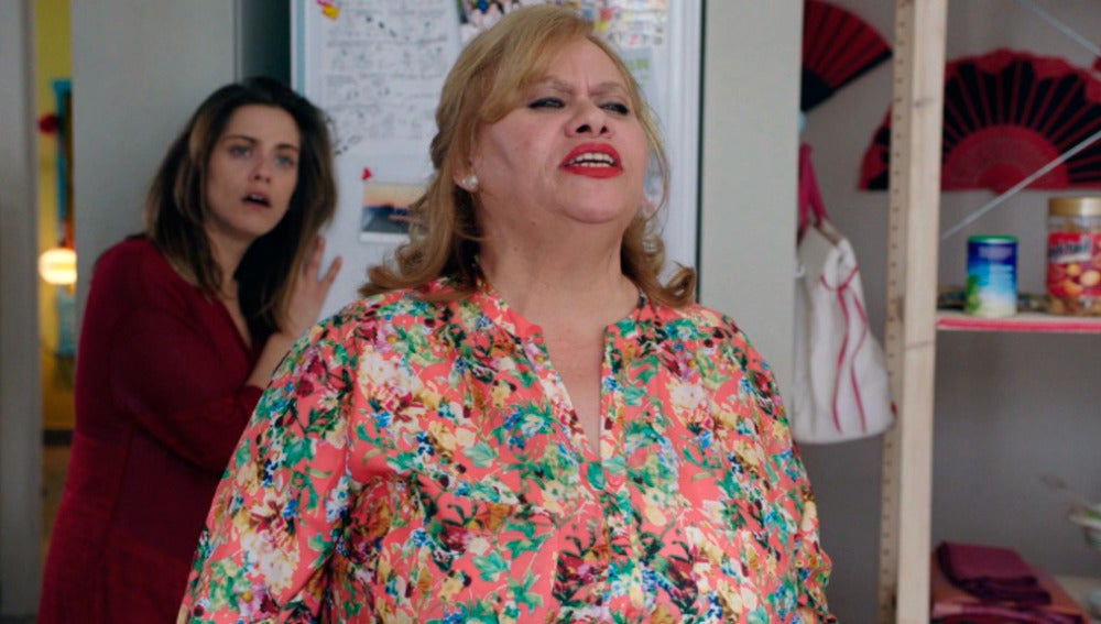 Carmina Barrios se estrena como Luci, la vecina más descarada de Carmen