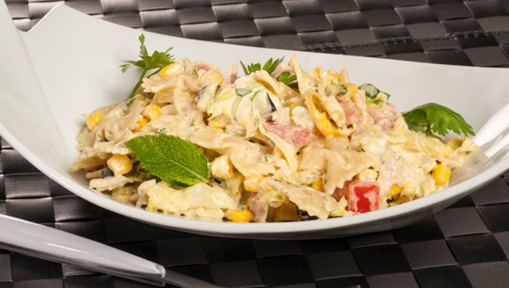 Cocina con Bruno. Ensalada de pasta y curry