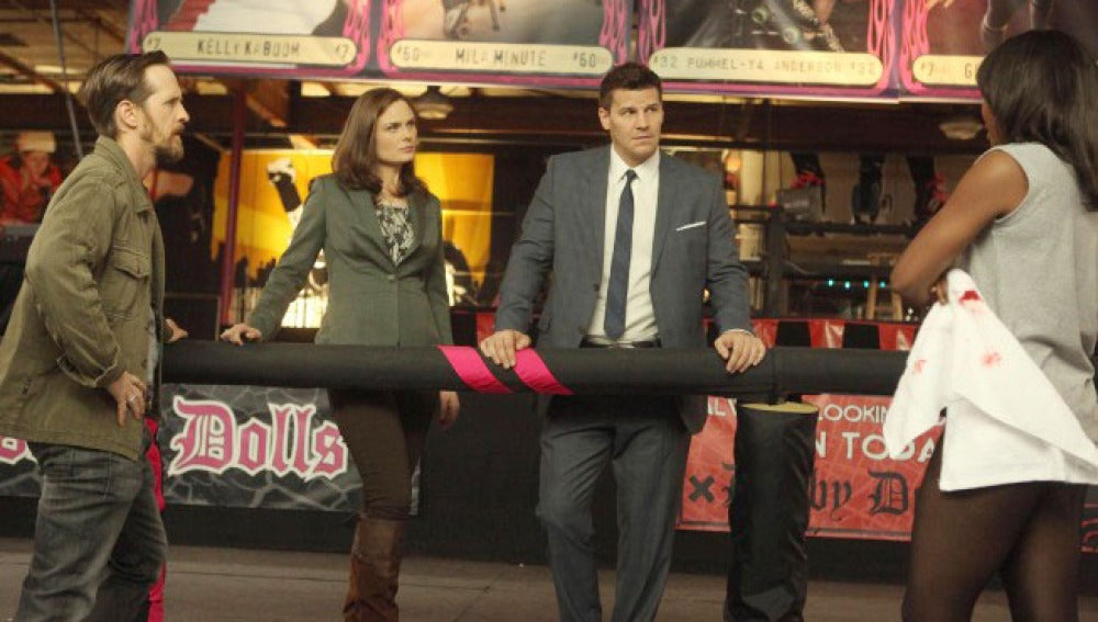 Brennan y Booth  desvelan la causa de muerte de un estudiante