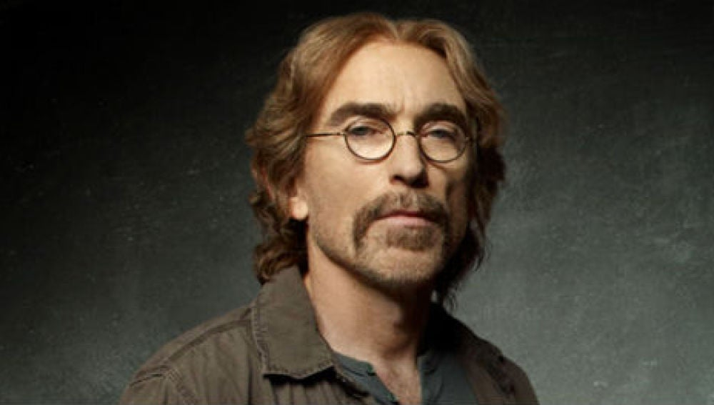 Jackie Earle Haley es Guerrero