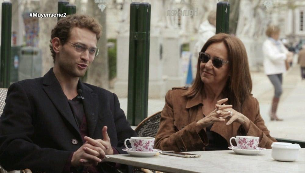 """Peter Vives y María Dueñas explican cómo crearon sus personajes de espías en 'El tiempo entre costuras"""""""