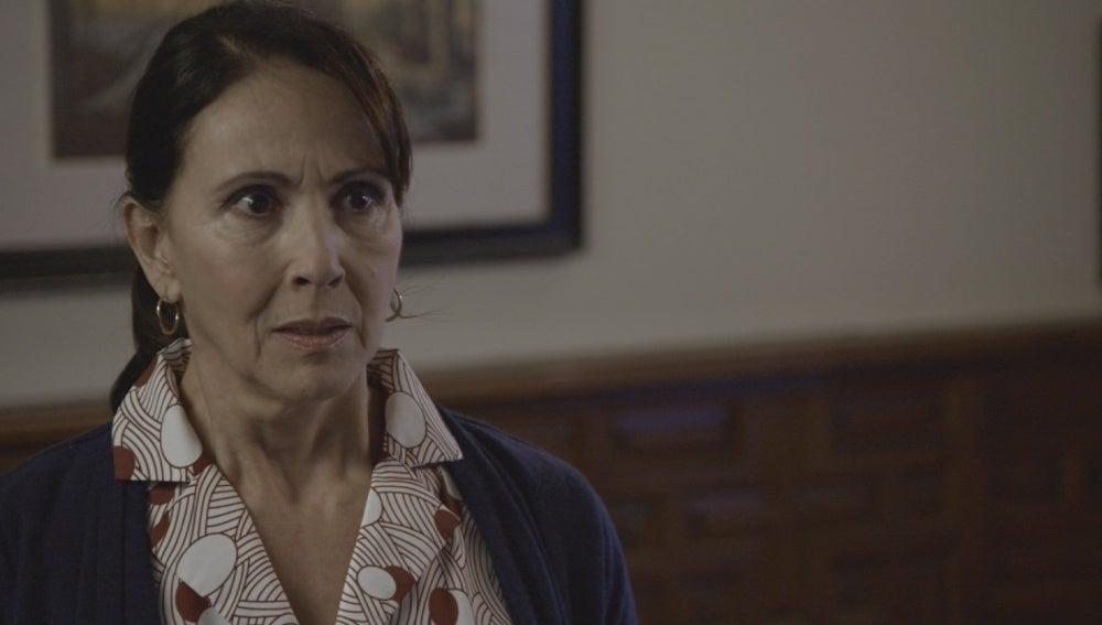 ¿Qué le oculta Soledad a Santiago?
