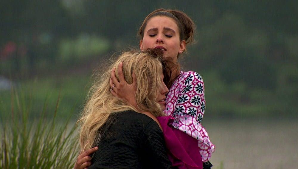 Fernanda encuentra a Camila