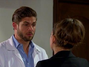 Frame 18.5911 de: Las dudas de Carlos antes de su boda con Fernanda