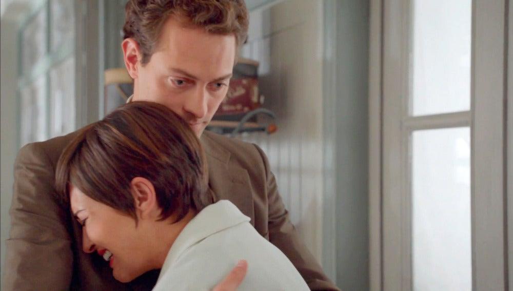 Ana pide tiempo a Carlos, la boda tendrá que esperar