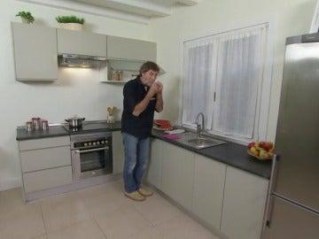 Frame 50.663093 de: Cómo construir una cocina en ángulo