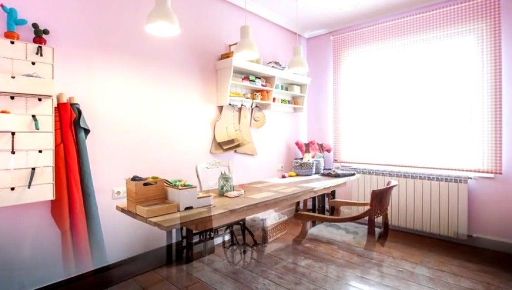Frame 17.552037 de: Convertimos un pequeño cuarto en una magnifica habitación de costura
