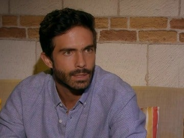 """Frame 9.958666 de: Adrián: """"Sigo enamorado de Paulina"""""""