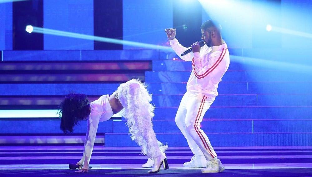 """Beatriz Luengo y Yotuel suben la temperatura con su twerking como Rihanna y Drake en """"Work"""""""