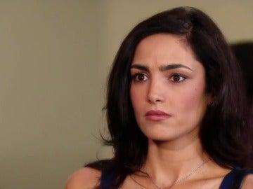 Rosario, emocionada con Alejandro, su abogado