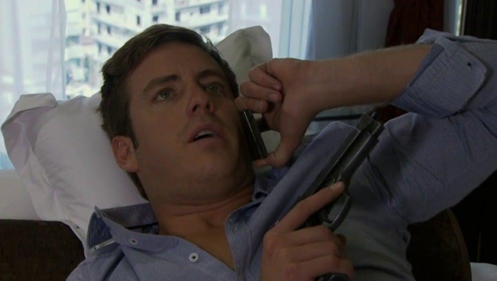Rodrigo intenta confundir a Diego sobre la fidelidad de Natalia