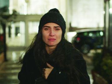 Ipek se interpone entre Ömar y Elif