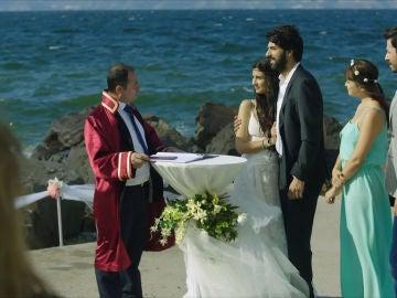 Boda de Ömar y Elif