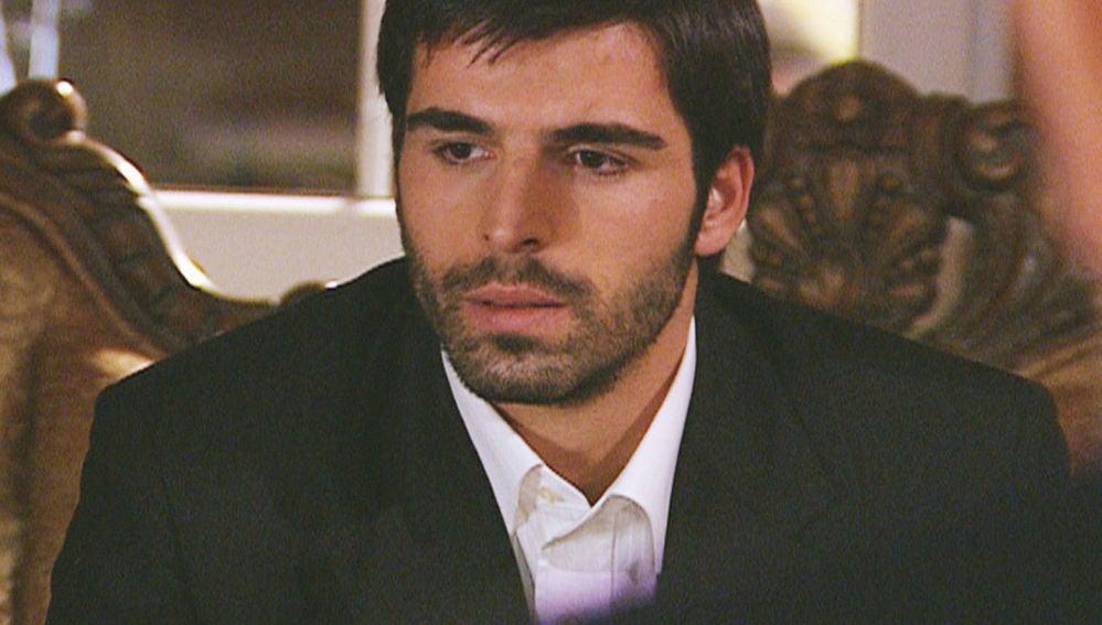 Boran tiene que volver a Mardin por su padre