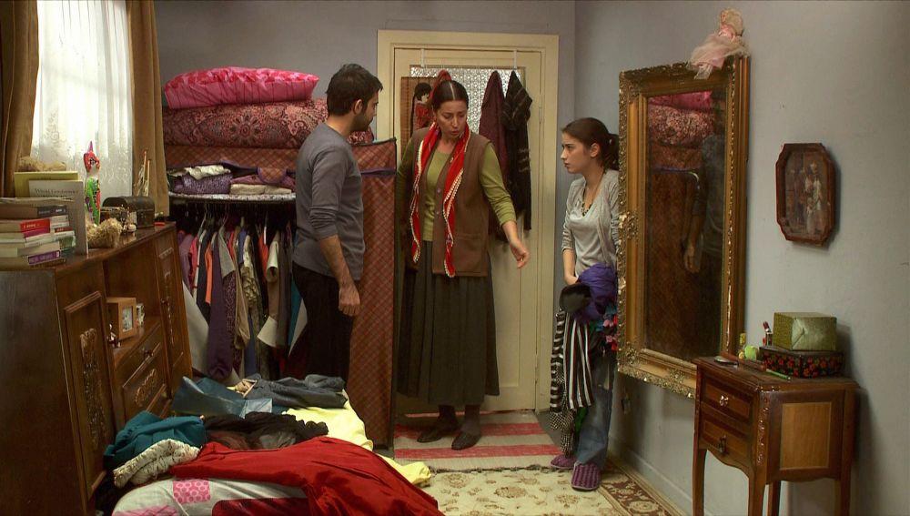 Feriha tiene un enfrentamiento con su hermano Mehmet