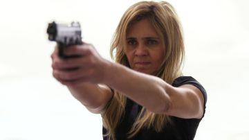 Carmina le salva la vida a Nina y Tifón