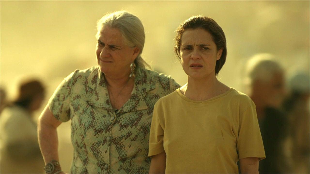 AVENIDA BRASIL: Mamá Lucinda Y Carmina. Así