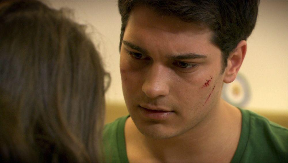 Feriha cuida de Emir y teme que descubra la verdad