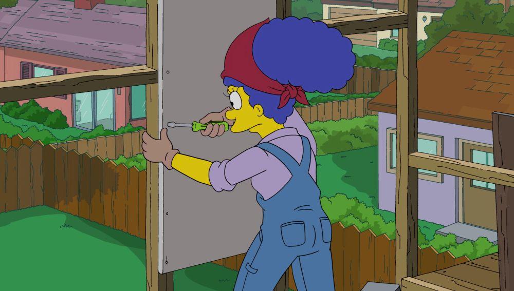 Marge reconstruye la casa del árbol al puro estilo de Bricomanía