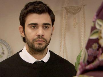 Mehmet quiere que Feriha demuestre que es virgen