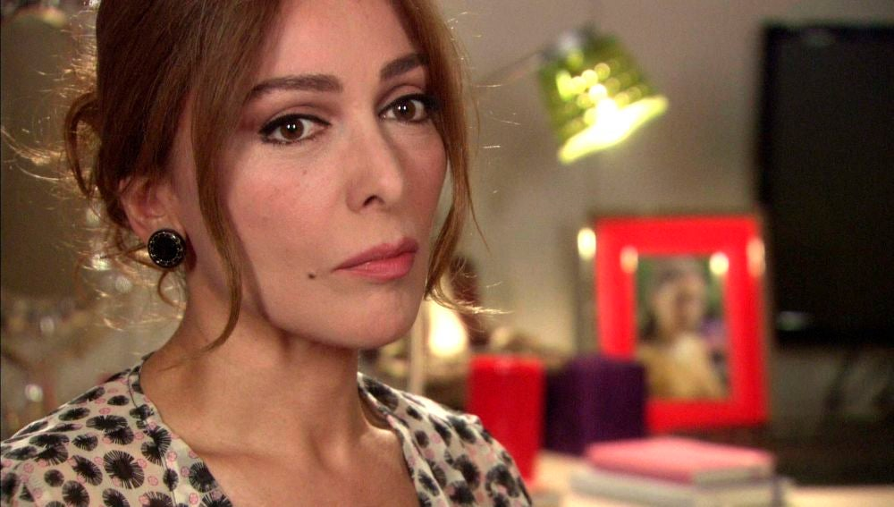 Deniz sospecha que Bither y Behlül tienen una aventura