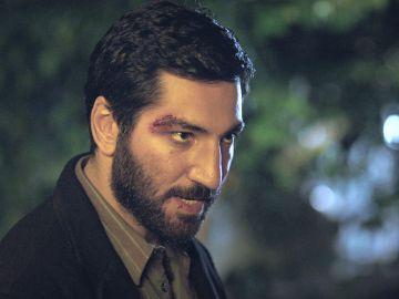 Cengiz planea su venganza contra Sinan y Zeynep