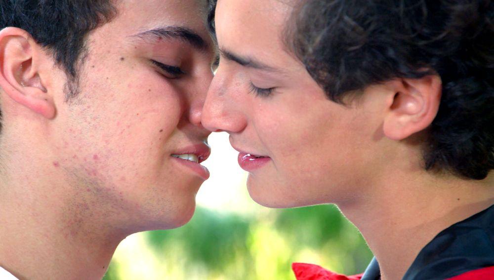 Aris y Temo se prometen amor eterno