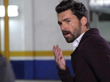 Ramón se pelea con Francisco, el novio de Fabiola