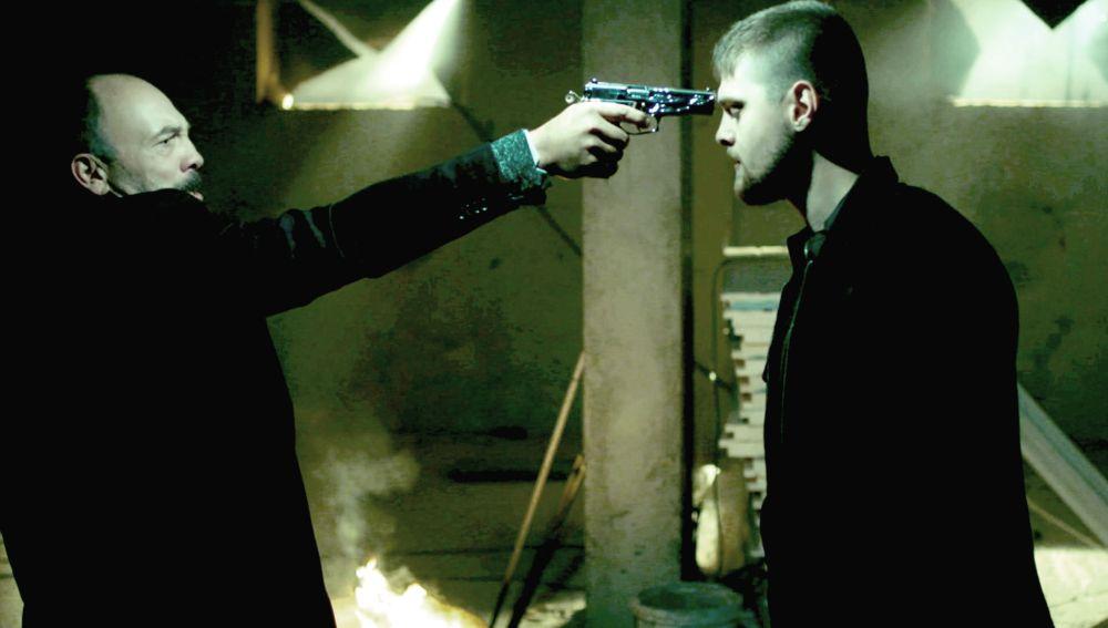 Hazim quiere matar a Yasin para alejarlo de Ece y Selin