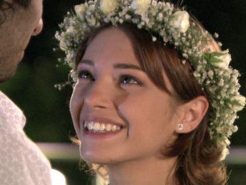 Sezen y Burak se casan en secreto