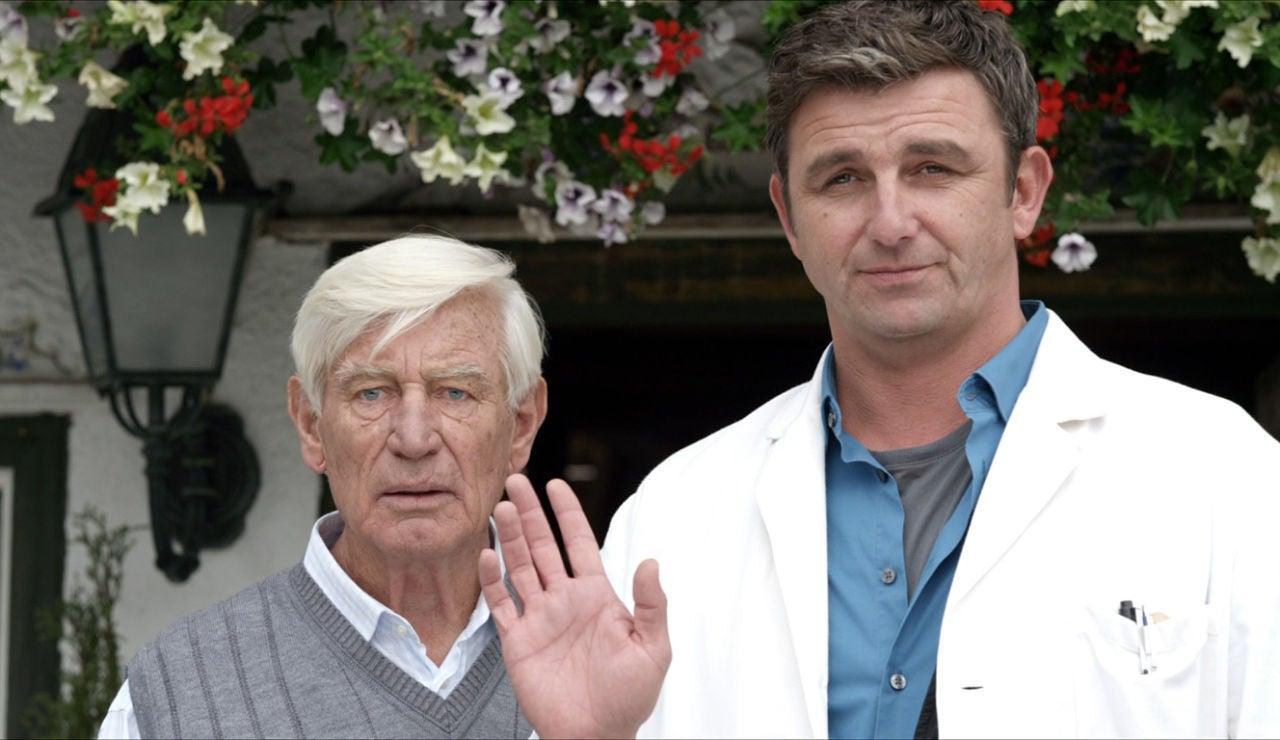 Doctor Martin Y Roman