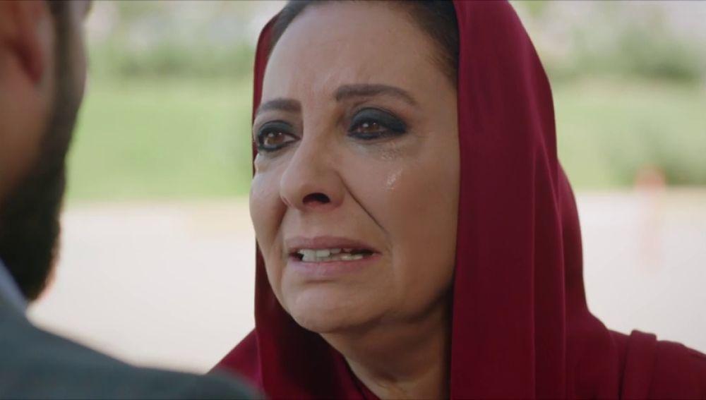 """Azize se derrumba: """"Cometí un error porque no quería perderte"""""""