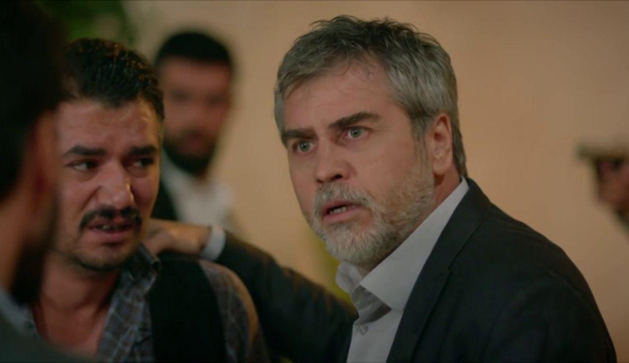 Hazar tiene la prueba que demostraría que Azize secuestró a Reyyan