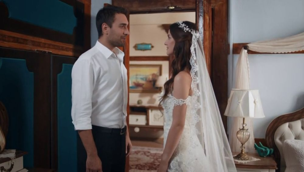El día de la boda de Tahir y Nefes ha llegado