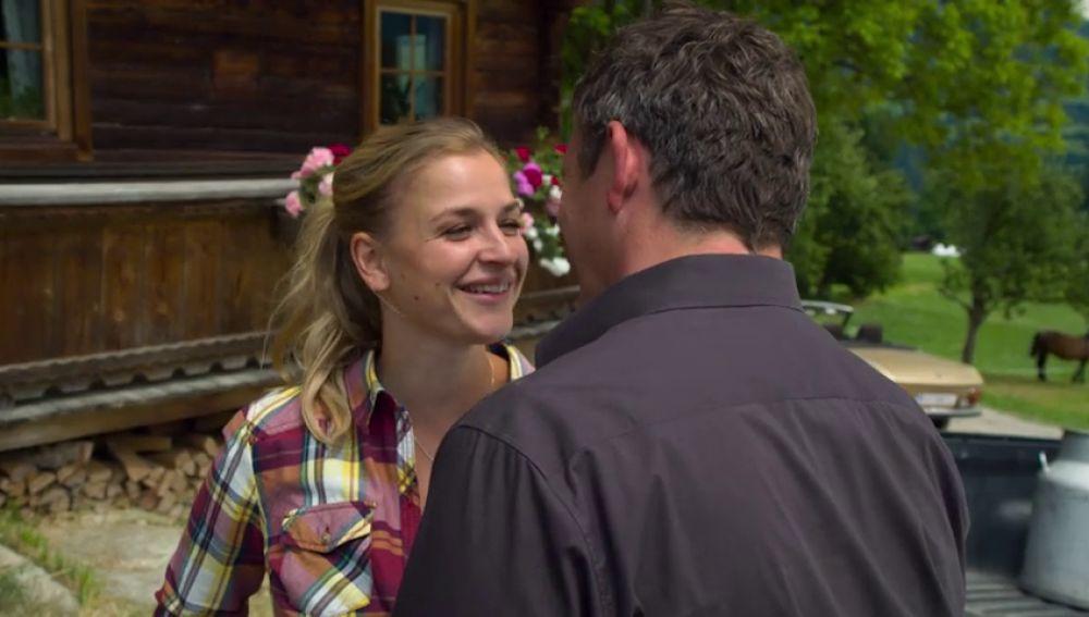 Anne consigue unir a Martin y a su padre