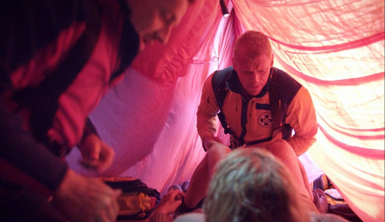 Andreas ayuda en un parto