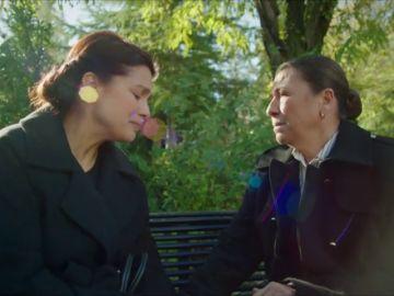 Zehra y Esma se reúnen en secreto, ¿por qué?