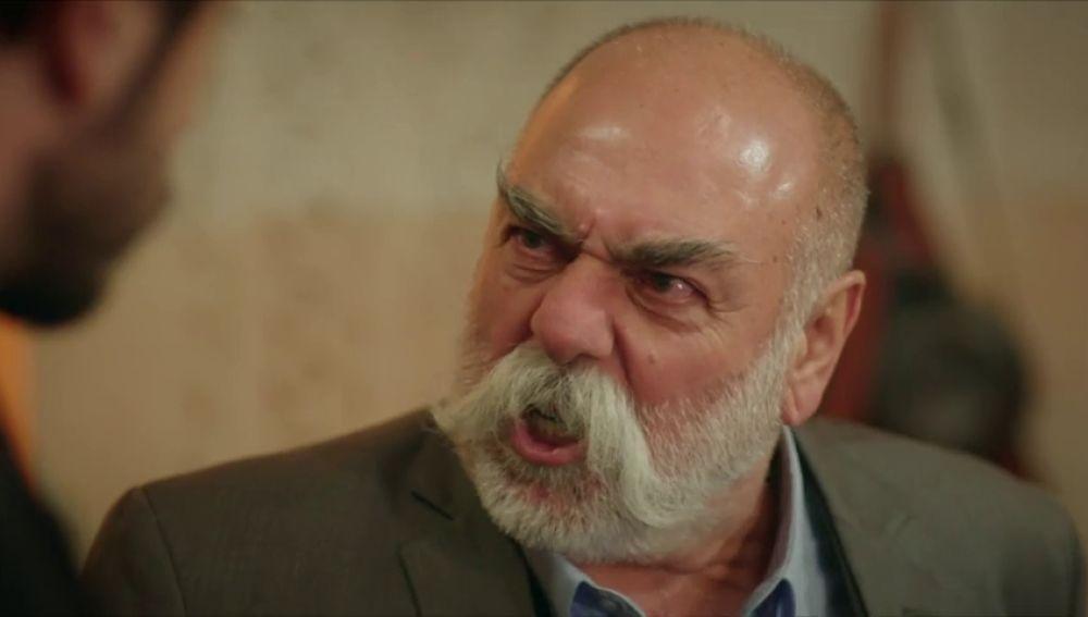 Nasuh no acepta a Elif como una Sadoglu