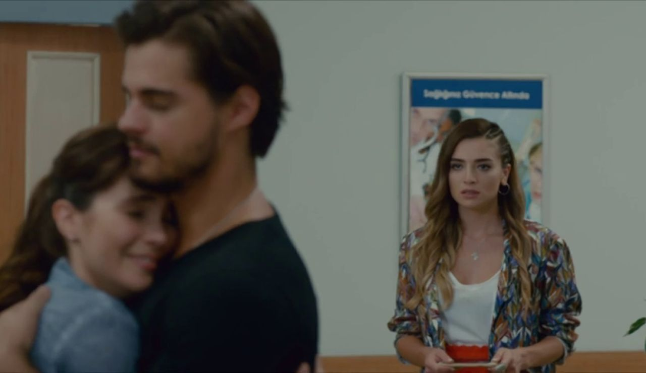 Melissa descubre que Selim le ha mentido sobre con quién está