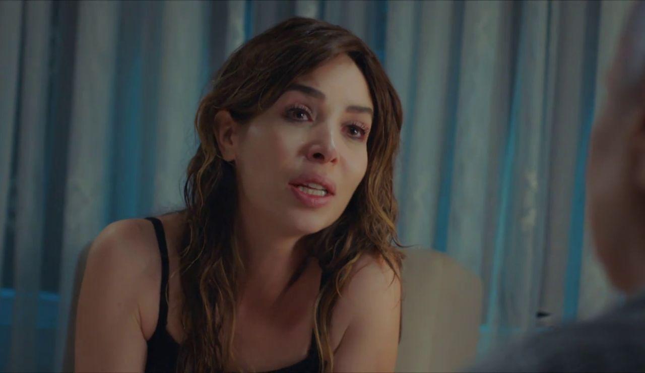 """Arzu se resiste a hablar con Cennet: """"¿Cómo voy a decirle que es fruto de una violación?"""""""