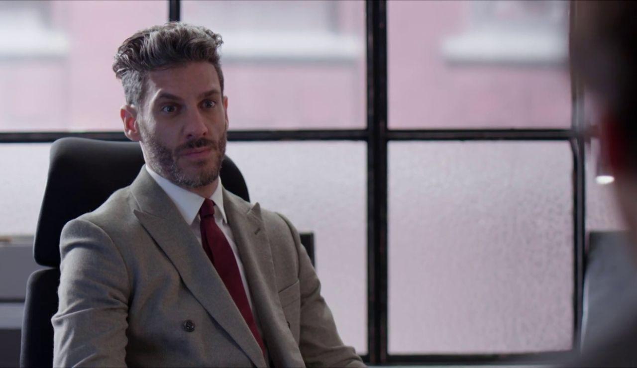 Armando y Ricardo conocen al misterioso novio de Betty