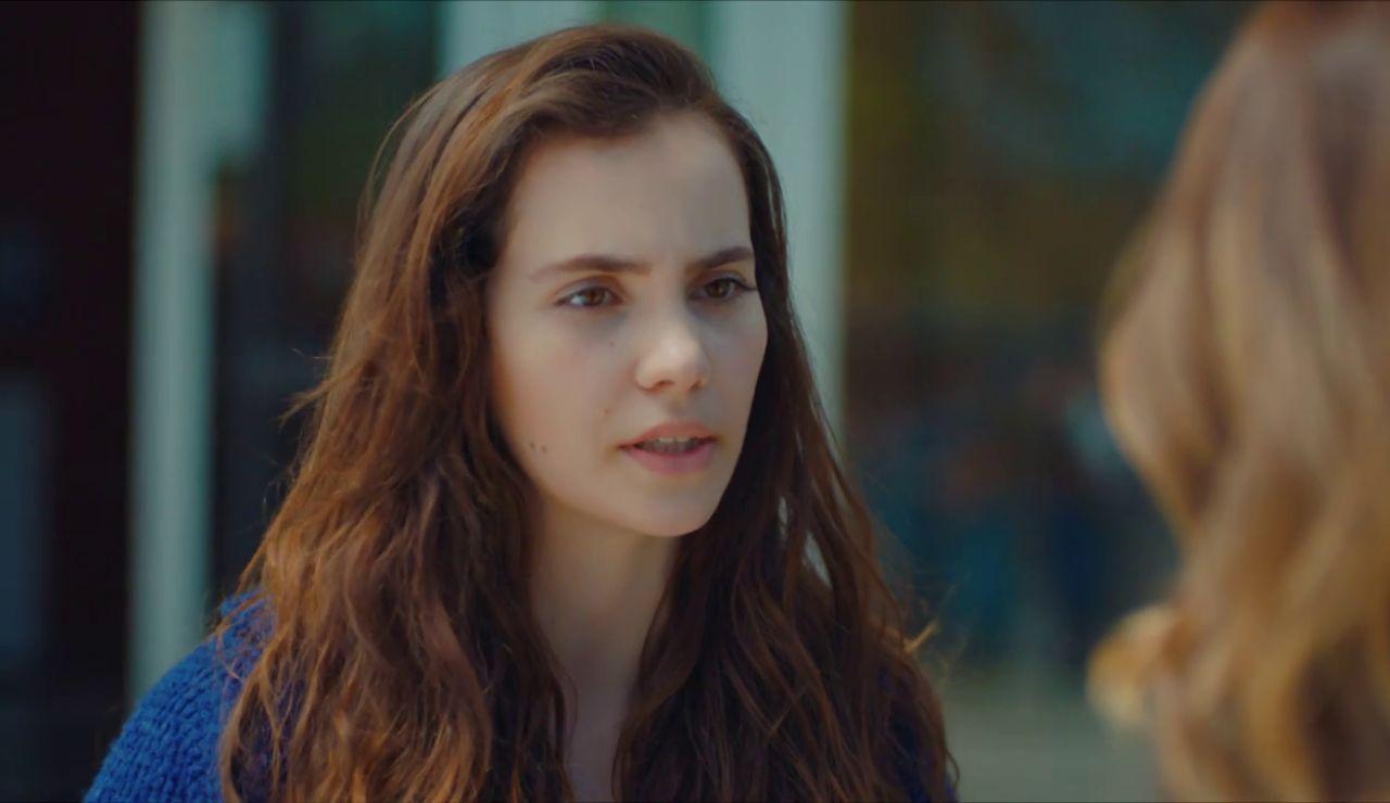 Cennet se reencuentra con Arzu tras intentar suicidarse
