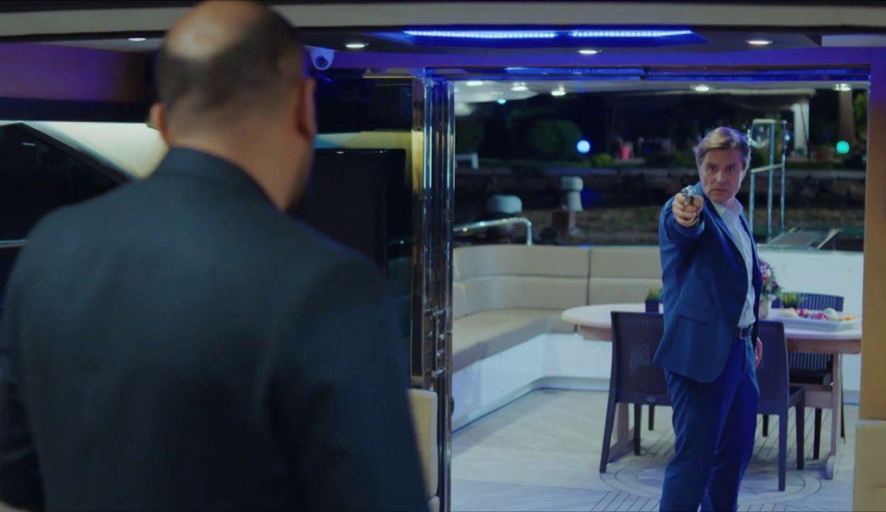 Mahir acude al rescate de Arzu mientras Cennet y Selim celebran su boda