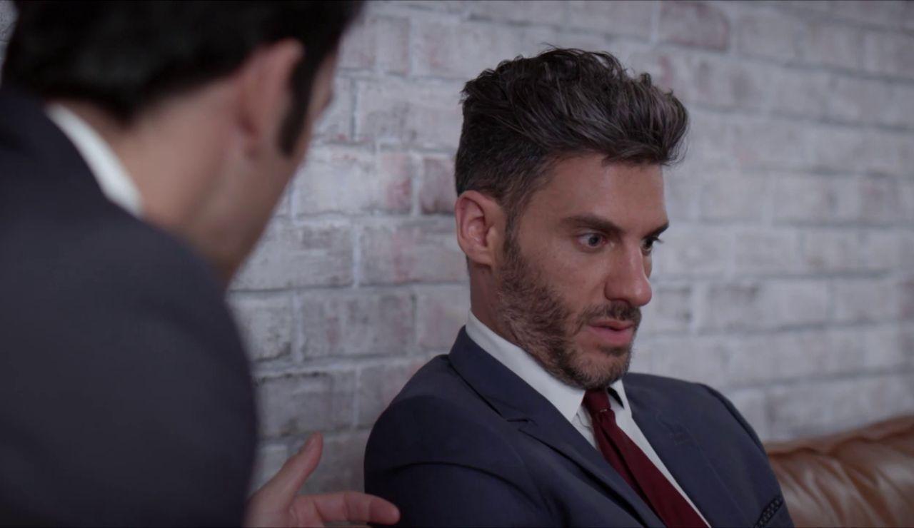 Armando no para de darle vueltas al rechazo de Betty