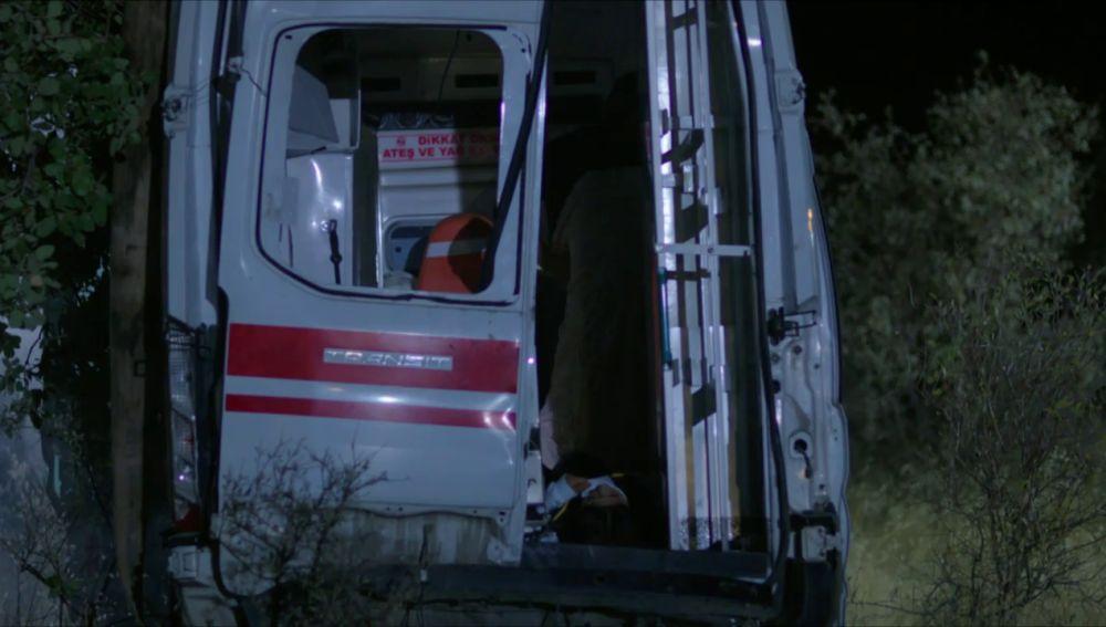 Zehra y Hazar sufren un terrible accidente: ¿Habrán sobrevivido?