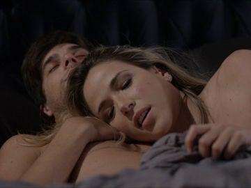 Patri en la cama con Nicolás