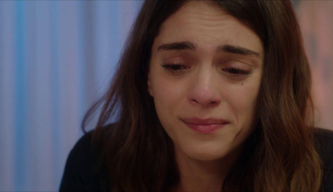 """Cemre necesita saber la verdad sobre su padre: """"Quiero que me cuentes todo"""""""