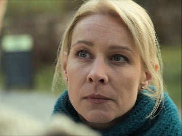 Suzanne descubre a Hans