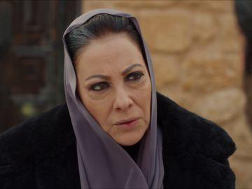 """Azize descubre el plan de Cihan: """"O mataste a Harun o proteges al asesino"""""""
