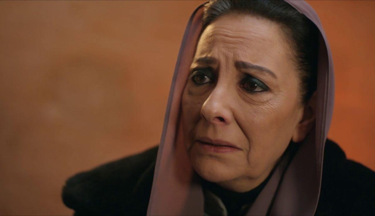 ¿Desvelará Azize el paradero de la hija de Füsun?